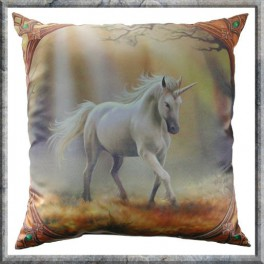 "Coussin ""Glimpse of a unicorn"" Anne Stokes"