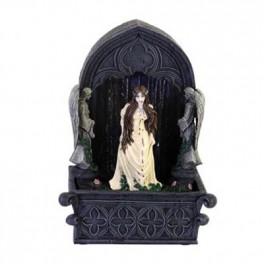 Fontaine Lady Vampire