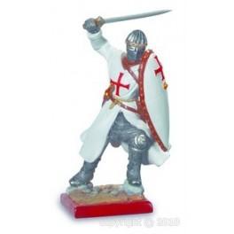 Chevalier des templiers combattant à l'épée