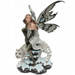 "Grande fée ""Fauvéa"" et son tigre blanc"